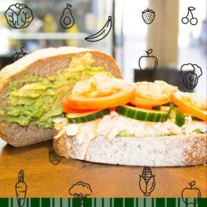 Volkoren Bio-Brood - Avocadospread - Coleslaw - Komkommer - Tomaat - Garnalen