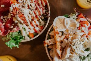Salades zowel vegetarisch als vegan.